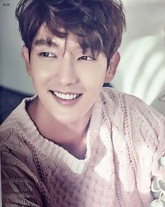 Aaron Yan looks like him. Lee Jun Ki, Lee Joongi, Lee Min Ho, Asian Actors, Korean Actors, Korean Dramas, Jun Matsumoto, Mark Bambam, Hong Ki