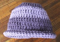 My lavender & lilac hat. Get the free pattern at https://donnamarrin.wordpress.com/2015/03/12/when-on-vacay-crochet/