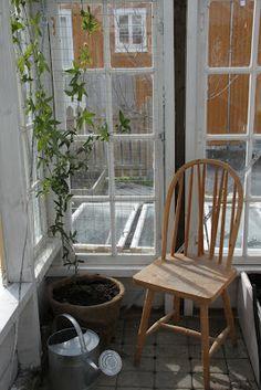 Hageblogger.no: Hagebloggerene deler: Drivhusdrøm av gamle vinduer!