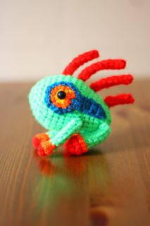 WOW Murloc! Now this is cool! FREE CROCHET PATTERN - this one's going on my keychain