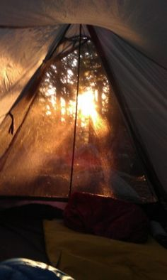 I love this picture. Waking up early in a tent