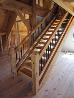 Would certainly do the sea colored ambre balustrade if we went this direction! Timber Stair, Stair Railing, Railings, Rustic Staircase, Staircase Design, Cabin Homes, Log Homes, Metal Building Homes, Building A House
