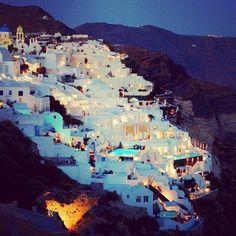 Santorini - Heaven on earth <3