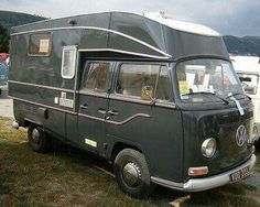 Vw Bus T2, Volkswagen Bus, Vw Motorhome, General Motors, Land Rover Defender, Kombi Pick Up, Kombi Home, Combi Vw, Bike Trailer