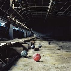 "Motivation on - Abandoned bowling alley "" Abandoned bowling alley The Effective Pictures We Offer You About trend - Old Buildings, Abandoned Buildings, Abandoned Places, Abandoned Property, Abandoned Mansions, Abandoned Amusement Parks, Haunted Places, Urban Exploration, Bowling"