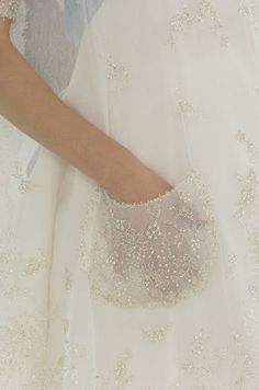 embroidered outside pockets #citychicwedding
