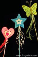 make Fairy Wand craft with butterflies/stars/etc. and dowel rods with ribbons, Macy will surely enjoy activity Fun Crafts For Kids, Craft Activities For Kids, Summer Crafts, Preschool Crafts, Diy For Kids, Craft Kids, Princess Crafts, Princess Wands, Fairy Tea Parties