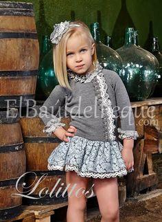 www.elbauldelpeque.com ¿Quieres ahorrar estas Navidades? TODA LA TIENDA 30% http://elbauldelpeque.com/es/nina/464-vestido-de-punto-niebla.html