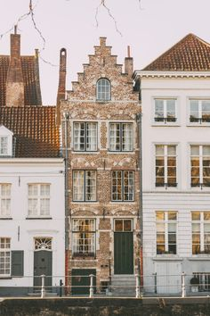 A sunny day spent on the streets of Bruges during the late autumn/pre-Christmas period ending with a hot chocolate and writing. Adventure Awaits, Adventure Travel, Places To Travel, Places To See, Beautiful World, Beautiful Places, Travel Aesthetic, Beautiful Buildings, Travel Inspiration