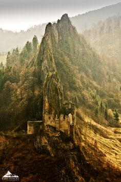 Lednica Castle, Slovakia, photo by Jozef Sadecky. One of the most inaccessible castles in Slovakia. Bratislava, Heart Of Europe, Castle Ruins, Central Europe, Eastern Europe, Abandoned Places, Places To See, Monument Valley, Beautiful Places