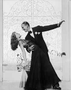 Rita Hayworth et Fred Astaire dans le film You Were Never Lovelier en 1942 http://www.vogue.fr/mode/inspirations/diaporama/la-petite-robe-noire-habille-les-stars-1/8142/image/527784#rita-hayworth