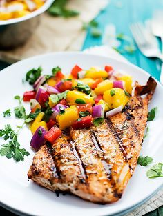 6. Grilled Salmon With Mango Salsa #whole30 #recipes http://greatist.com/eat/whole30-dinner-recipes