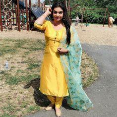 Designer Punjabi Suits Patiala, Punjabi Suits Designer Boutique, Boutique Suits, Indian Designer Suits, Patiala Salwar, Shalwar Kameez, Designer Wear, Designer Dresses, Salwar Suit Neck Designs