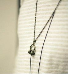Silver Unisex Necklace With Adjustable Headphone Charm