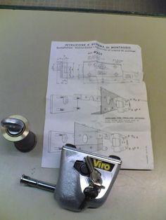 Serrature Viro per serrande 1 destra 1 sinistra  Viro locks for rolling