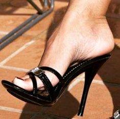 Foot Love, Slip On Mules, Choreography Videos, Gorgeous Feet, Female Feet, Women's Feet, Sexy High Heels, Ankle Strap Heels, Sensual
