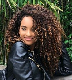 hair volume hairstyles hairstyles longer in front hairstyles african american hair pictures boy's with curly hair curly hairstyles over 70 curly hairstyles girl hairstyles short Curly Hair Tips, Long Curly Hair, Big Hair, Curly Hair Styles, Natural Hair Styles, Afro Hairstyles, Quince Hairstyles, Hairstyle Men, Formal Hairstyles