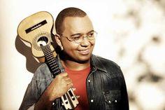 'Samba de Raiz' esquenta noite mineira com show de Dudu Nobre