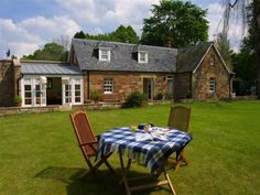 gardeners-cottage-easter-ross-and-the-black-isles-exterior