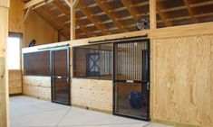 You'll Want To Pull Out Your Hammer For These DIY Horse Stalls! – Cowgirl Magazine Barn Stalls, Horse Stalls, Small Horse Barns, Barn Layout, Horse Paddock, Horse Barn Designs, Horse Corral, Horse Shelter, Horse Barn Plans