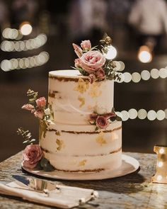 All you need is love . and cake! 🍰 This cake from Rose and C . - All you need is love . and cake! 🍰 This cake from Rose and Co. looks so delicious … – Cake - Wedding Cake Rustic, Beautiful Wedding Cakes, Beautiful Cakes, Amazing Cakes, Cake For Wedding, Perfect Wedding, Wedding Cake Designs, Wedding Cupcakes, Bolos Naked Cake