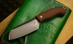 Brown linen micarta trapper knife