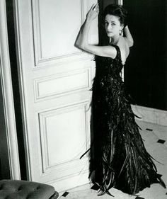 Gloria Guinness in Givenchy's black tulle dress embroidered with iridescent beads and cockerel plumes from the Autumn/Winter collection of photo by Herny Clarke. Marcello Mastroianni, Glamour, 1960s Fashion, Vintage Fashion, Slim Keith, Cannes, Black Tulle Dress, Dior, Vintage Mode