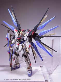 RG 1/144 Strike Freedom Gundam - Customized Build