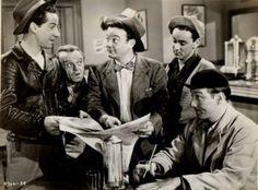 "The Bowery Boys: Leo Gorcey (""Slip""), Huntz Hall (""Sach""), Bobby Jordan (""Bobby""). Spent my Saturday mornings watching these reruns. Loved this show. Vintage Tv, Vintage Hollywood, Classic Hollywood, Vintage Photos, Classic Tv, Classic Movies, Classic Comedies, Leo Gorcey, The Bowery Boys"
