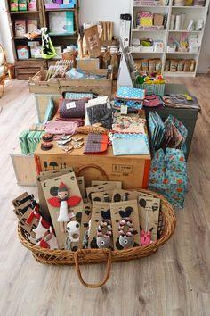 La boutique - Minus concept store - décoration pour enfants, vêtements, anniversaires, vintage, jouets, ateliers DIY, couture, tricot