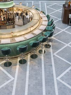 A beautiful restaurant, bar and store for Fortnum & Mason set amongst the grandeur of the Royal Exchange, London Architecture Restaurant, Restaurant Interior Design, Brewery Interior, Bar Interior Design, Design Retro, Vintage Design, Design Studio, Cafe Design, Design Design