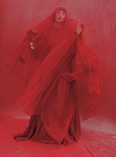Red Hot: Marion Cotillard - W Magazine. Valentino Haute Couture silk chiffon and crepe de chine dress and cape. Atsuko Kudo glove. Photography by Tim Walker