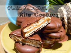 Chocolate Peanut Butter Ritz Cookies Recipe...so delicious! wonder if it would work to put them on a cake pop stick? hmmm