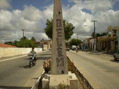 Obelisco na entrada da cidade, sentido Rua Nova - Belém