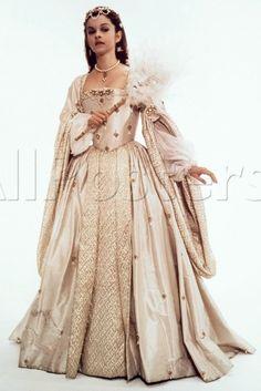 Anne Boleyn's White Masquerade Dress (Anne of the Thousand Days, 1969)