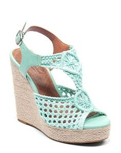 Mint Wedges by Lucky Brand Jeans.ooooohhhh mama like! Cute Shoes, Me Too Shoes, Mint Wedges, Shoe Boots, Shoe Bag, Wedge Sandals, Mint Sandals, Mint Shoes, Blue Heels