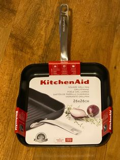 KitchenAid Square Grill Pan 26 x 26 cm (Induction Technology) - Brand New Red Kitchen Aid, Kitchen Pans, Non Stick Grill Pan, Skillet Pan, Pan Set, Kitchenaid, Grilling, Gadgets, Technology
