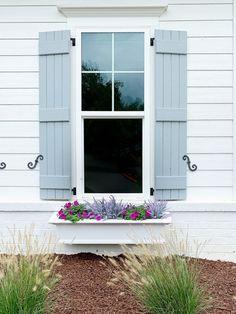 White Exterior Paint, White Exterior Houses, Grey Exterior, House Paint Exterior, Exterior Paint Colors, Exterior House Colors, Blue Gray Paint Colors, Paint Colors For Home, Shutter Colors