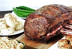 Delicious Melt In Your Mouth Prime Rib. You won't find an easier recipe. Full proof even for the Prime Rib newbie! Tons of garlic and spice: This is the recipe I'm trying for my first attempt at Prime Rib! Rib Recipes, Roast Recipes, Cooking Recipes, Game Recipes, Recipes Dinner, Recipies, Beef Dishes, Food Dishes, Main Dishes