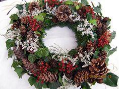 dušičkový věnec- na objednávku / Zboží prodejce floriam | Fler.cz Floral Wreath, Wreaths, Side, Halloween, Home Decor, Xmas, Ornaments, Christmas Decorations