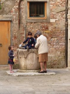 At the well - Venice