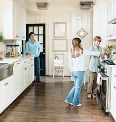 The Galley < Choose the Perfect Kitchen Design for Your Needs - MyHomeIdeas.com