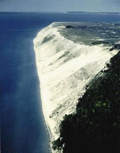 Sleeping Bear Dunes National Seashore (northern Michigan)