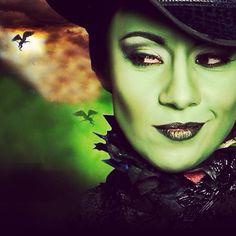 Elphaba (Ana Cecilia Anzaldúa) - Wicked México ~ Ʀεƥɪאאεð вƴ╭•⊰✿ © Ʀσxʌиʌ Ƭʌиʌ ✿⊱•╮