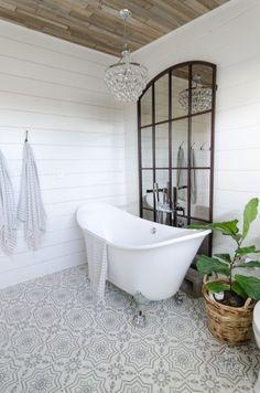 modern-farmhouse-bathroom-master-bathroom-ideas-urban-farmhouse-bath-remodel-38