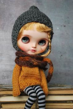 Handmade sweater for BLYTHE doll hand knit Pure Neemo Body