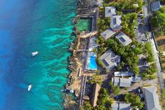 Sunset House Grand Cayman - Ultimate Dive Travel Special - http://www.diveguide.com/ultimatedivetravel/sunset-house-cayman-scuba-package