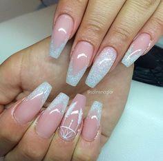Coffin sparkle nails