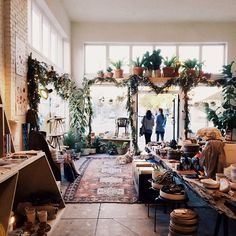 General Store Venice looking festive thanks to @mooncanyon!