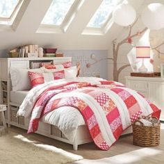Bedroom design, Decorating Attic Bedrooms Girls With Lanterns And Small Windows In Sloping Roof: 94 Teenage girls bedroom design ideas picture Teenage Girl Bedroom Designs, Attic Bedroom Designs, Girls Room Design, Attic Bedrooms, Teen Girl Rooms, Teenage Girl Bedrooms, Small Room Bedroom, Teen Bedroom, Funky Bedroom